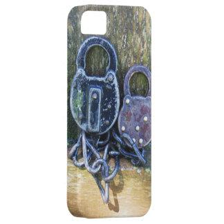 Old Pair of Antique Locks iPhone SE/5/5s Case