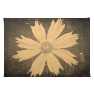 Old photo Yellow Cosmos Flower Close-up Placemat