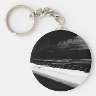 Old Piano Basic Round Button Keychain