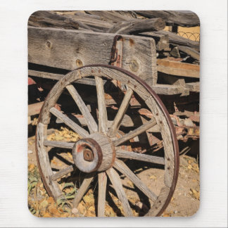 Old Pioneer's Wooden wagon in New Mexico Mouse Pad