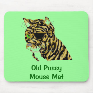 Old Pussy  Cat Mouse Pad