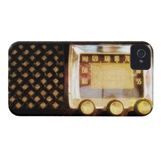 Old radio iPhone 4 case