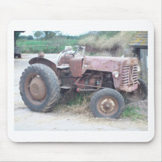 Old red tractor mouse pad