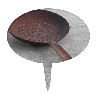 Old rusty frying pan cake topper