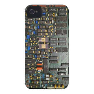Old school computer circuit board look iPhone 4 cover