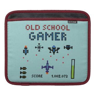 Old School Gamer - Spaceship - Rickshaw Sleeve Sleeve For iPads