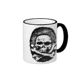 Old skull mug