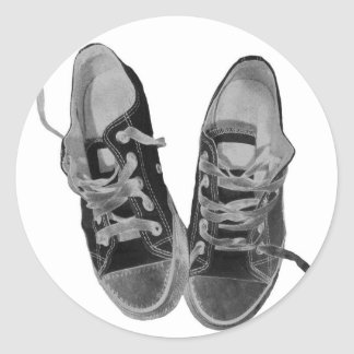 OLD SNEAKERS CLASSIC ROUND STICKER
