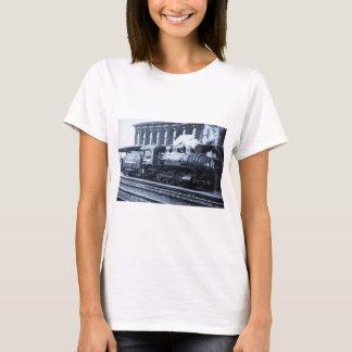 Old Steam Railroad Engine 6995 Vintage T-Shirt