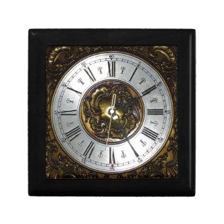 Old steampunk clock design accessoires, vintage keepsake box