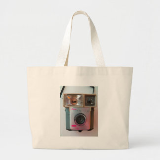 Old style vintage camera! tote bags