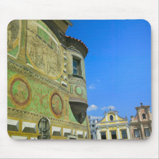 Old town square surrounded by 16th-century mousepads