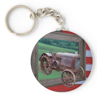 OLD TRACTOR DRIVING OUT OF FRAME-KEYCHAIN KEYCHAIN