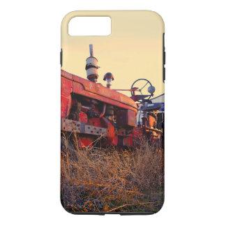 old tractor red machine vintage iPhone 8 plus/7 plus case