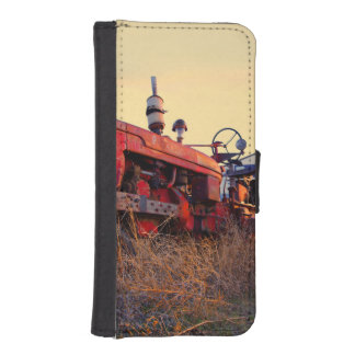 old tractor red machine vintage iPhone SE/5/5s wallet
