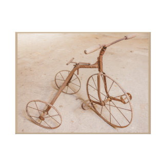 OLD TRICYCLE 1928 CANVAS PRINT