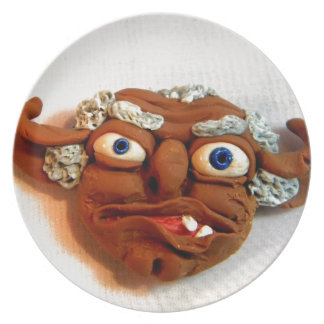 Old Troll I Party Plates