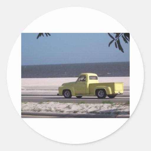Old truck classic round sticker