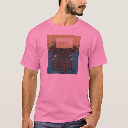Old Typewriter Love... T-Shirt