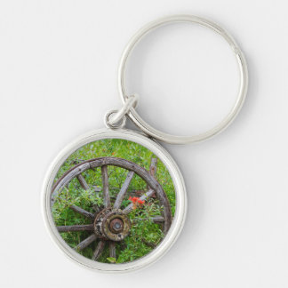 Old wagon wheel in historic old gold town 3 keychain