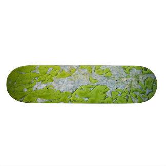 old wall Skateboard