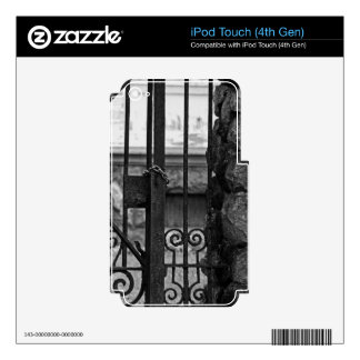 Old West End Edward D Libbey House's Gate iPod Touch 4G Skin