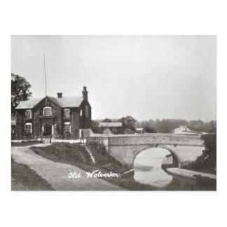 Old Wolverton canal and hotel Postcard