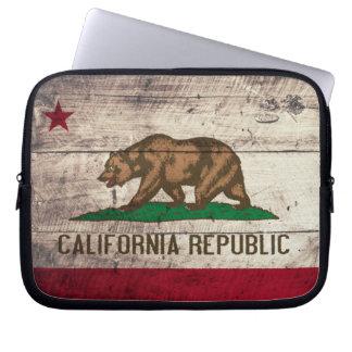 Old Wooden California Flag Laptop Sleeve