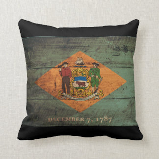 Old Wooden Delaware Flag Throw Pillow