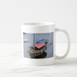 Old wooden yacht coffee mug