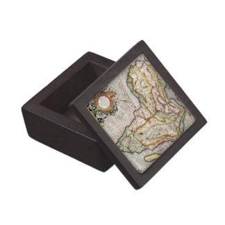 Old World Map Premium Gift Box