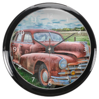 Oldsters Classic Car Vintage Automobile Old Rusty Fish Tank Clock