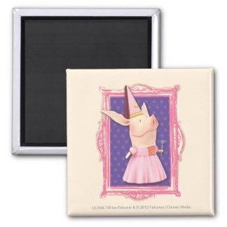 Olivia en marco rosado imán cuadrado