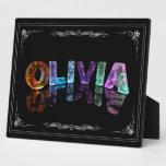 Olivia - la Olivia conocida en 3D se enciende (fot Placas Con Foto
