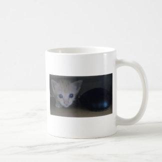 Olly el gatito taza de café