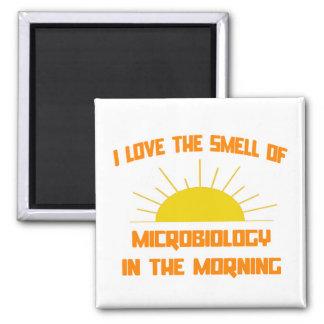 Olor de la microbiología por la mañana imanes de nevera