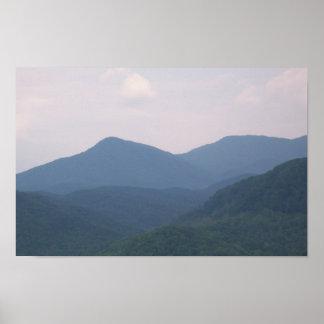 Olor de la montaña póster