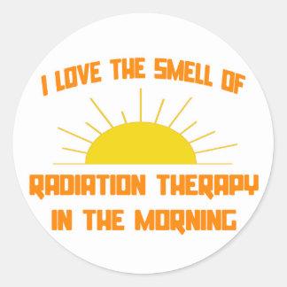 Olor de la radioterapia por la mañana pegatina redonda