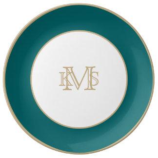 Olvídeme no azul en un jardín inglés del país plato de cerámica