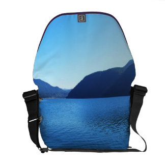 Olympic National Park, Seattle, U.S.A. Courier Bag
