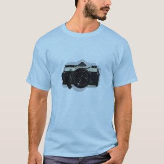 om1 chrome T-Shirt