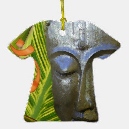 OM Buda en el universo total de Buddhahood Adorno Navideño De Cerámica En Forma De Playera