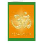 OM en los naranjas y el oro - Namaste Felicitaciones