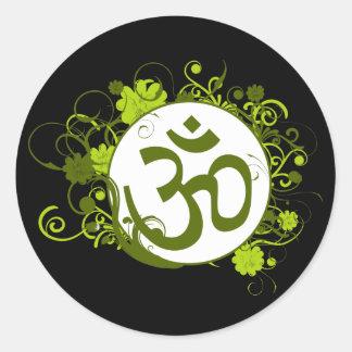 OM floral verde budista Pegatina Redonda
