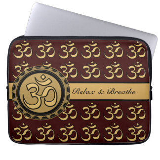 Om Laptop - Pick your background color. Laptop Computer Sleeves