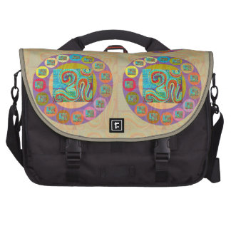 OM Mantra Encouraging Display and Chanting Commuter Bags