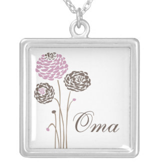 Oma Necklace Stylish Dahlia Flowers