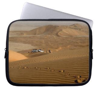 Omán, desierto de Khali del Al de la frotación, co Mangas Computadora