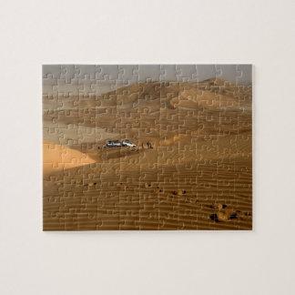 Omán, desierto de Khali del Al de la frotación, co Puzzles