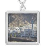 Omán, Muscat, Mutrah. Edificios a lo largo de Mutr Pendientes